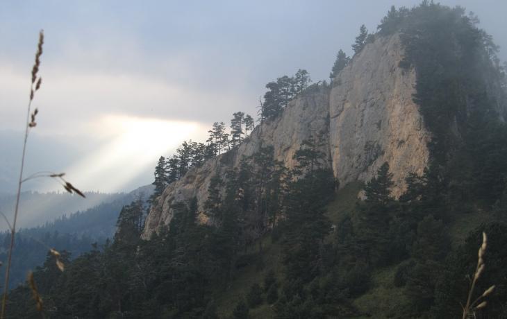 Trekking to the Chetovy Vrata (Acheshboki and Thach mountains)